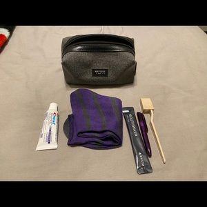 Tumi for Delta travel Dopp kit